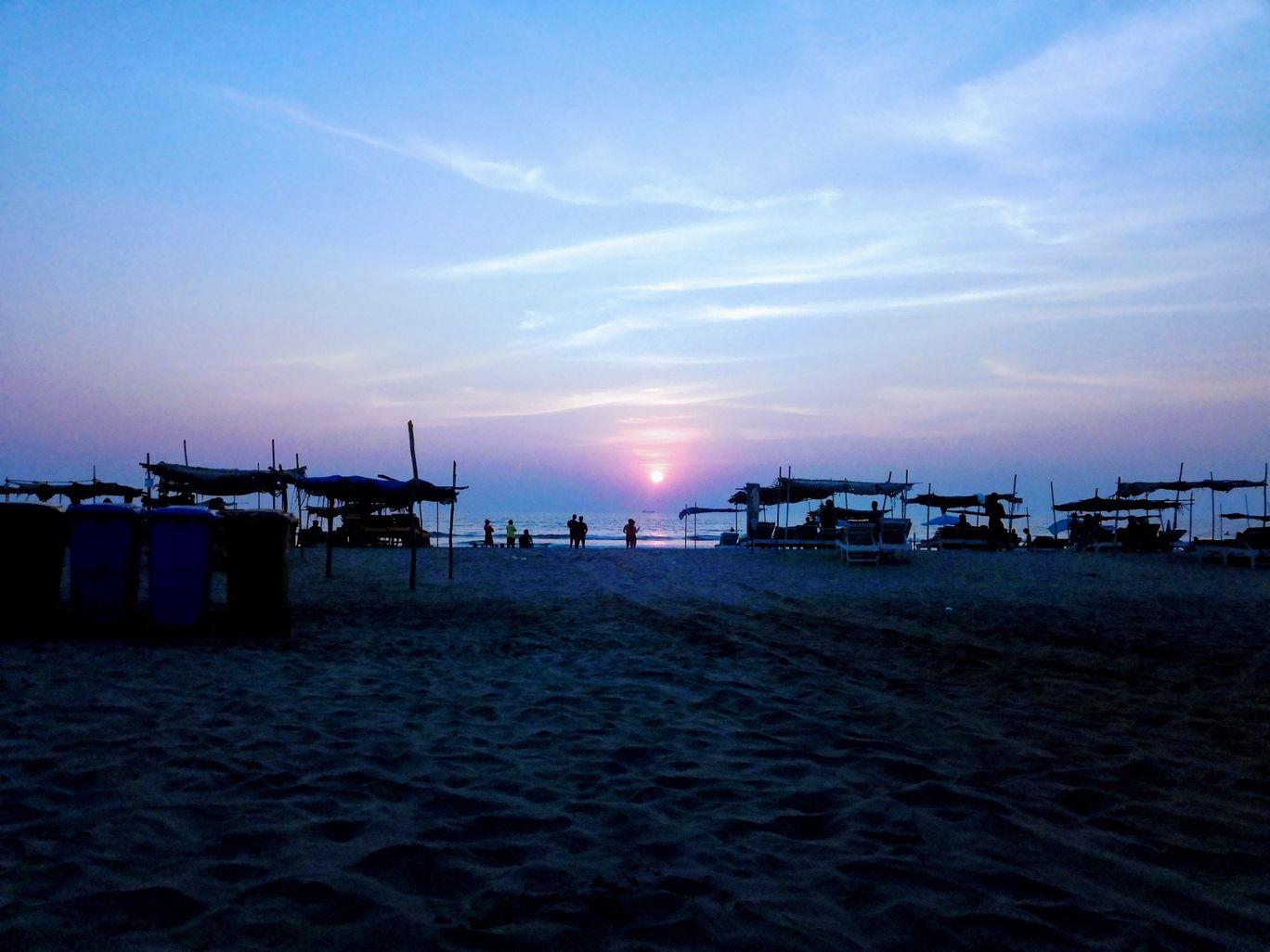 Photo of Morjim Beach Road By Aniket Kambli