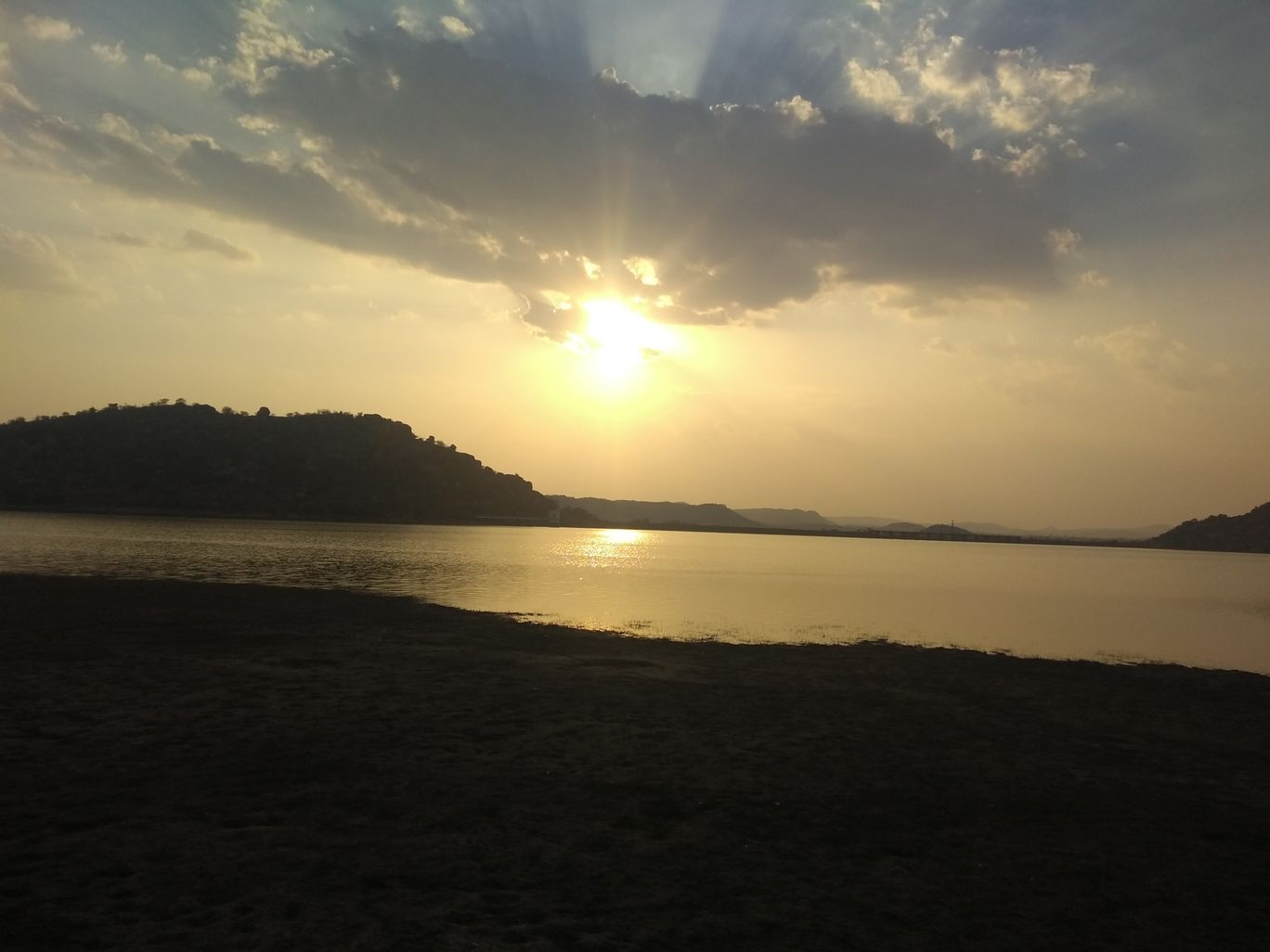 Photo of Koilsagar Project and Reservoir By soultraveler