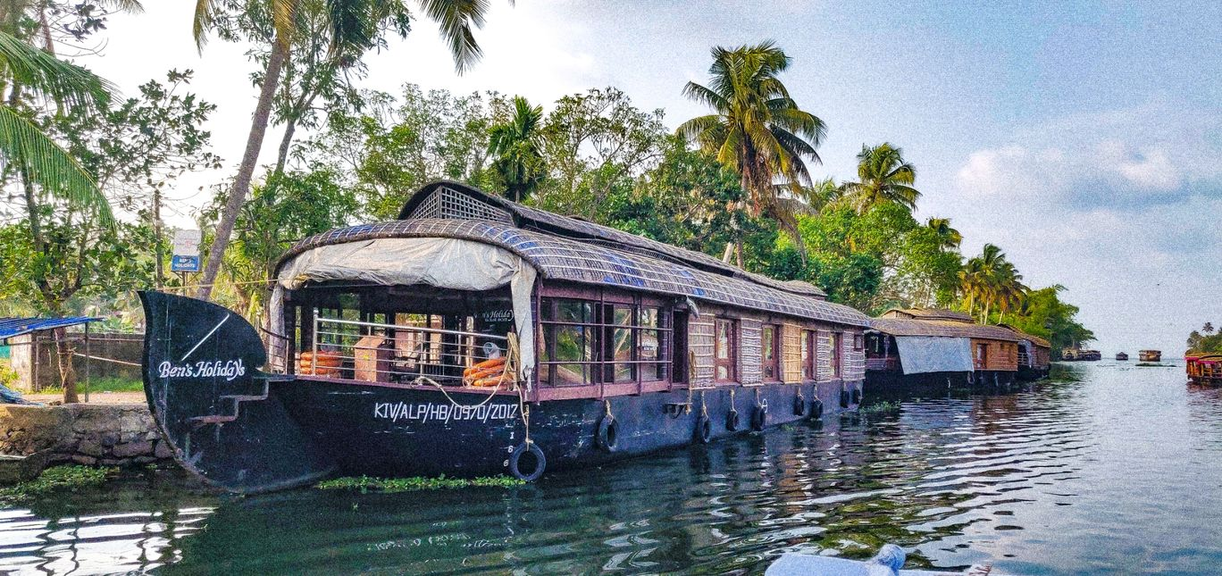 Photo of Alleppey By Ajith Tolroy