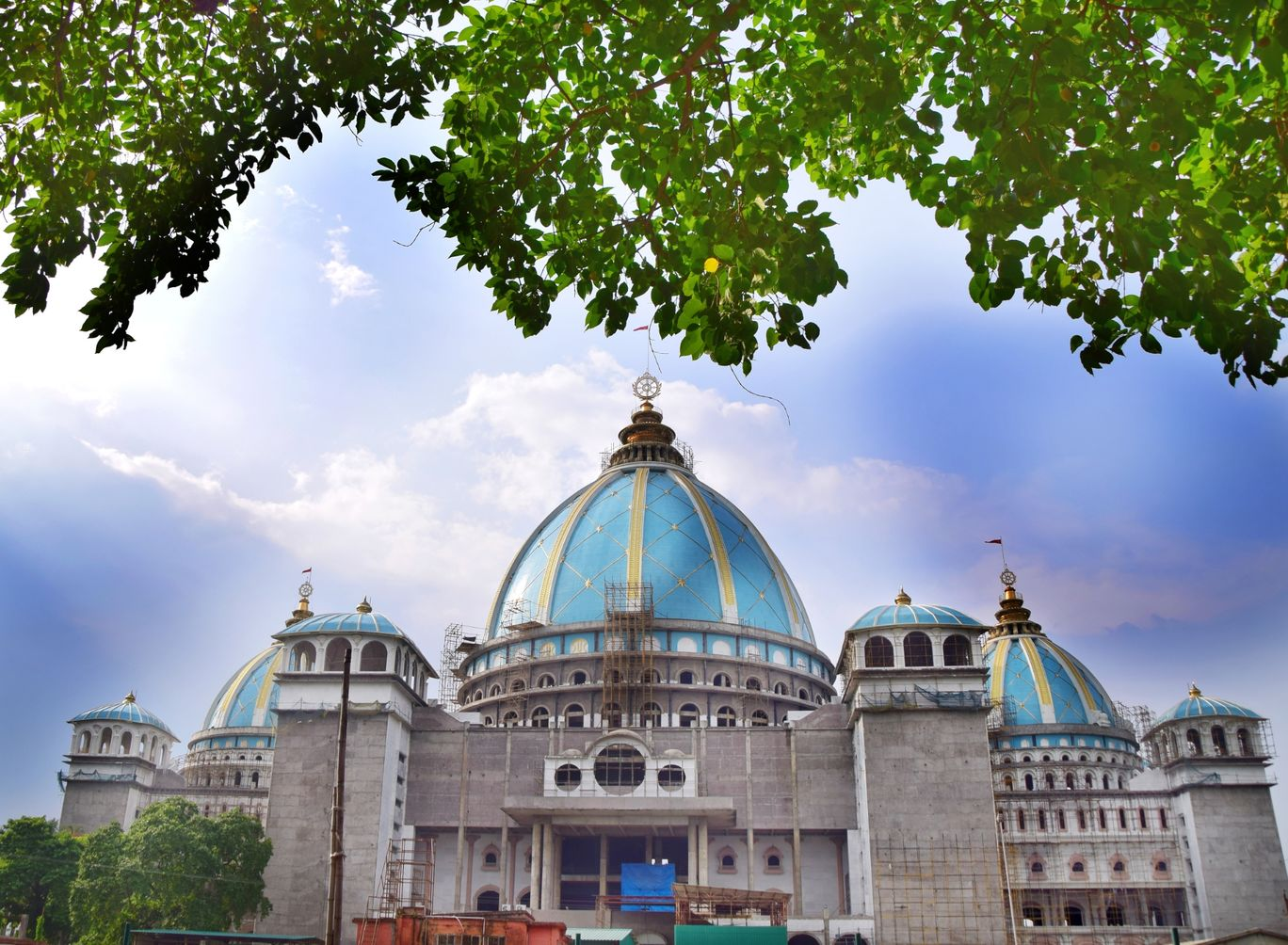 Photo of Mayapur Iskcon Temple By Animesh Chakrobarty