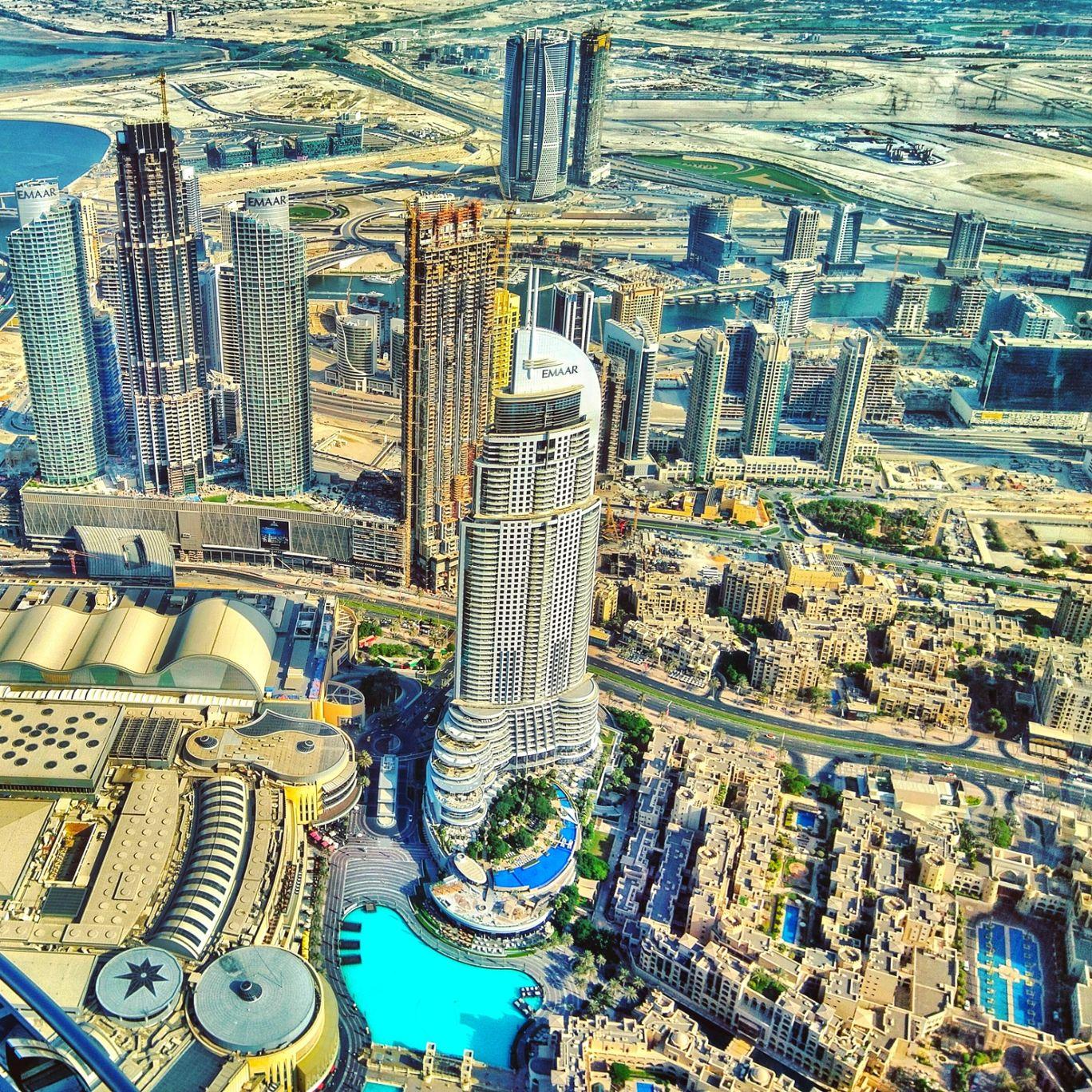 Photo of Burj Khalifa - Sheikh Mohammed bin Rashid Boulevard - Dubai - United Arab Emirates By Arnav Bora