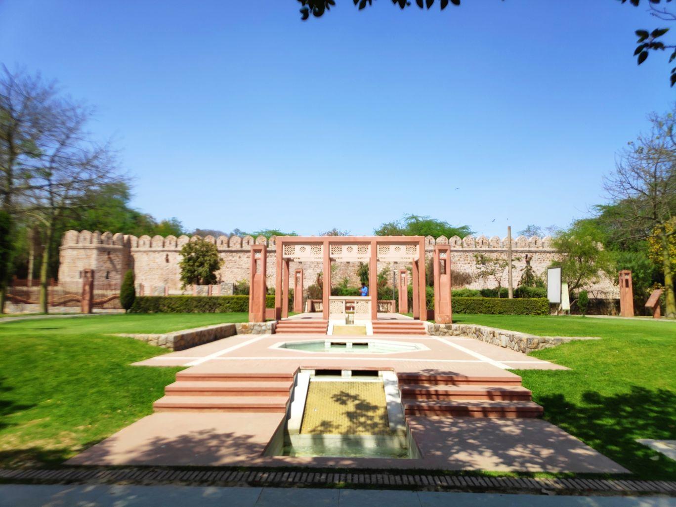 Photo of New Delhi By Sphurti Rawat