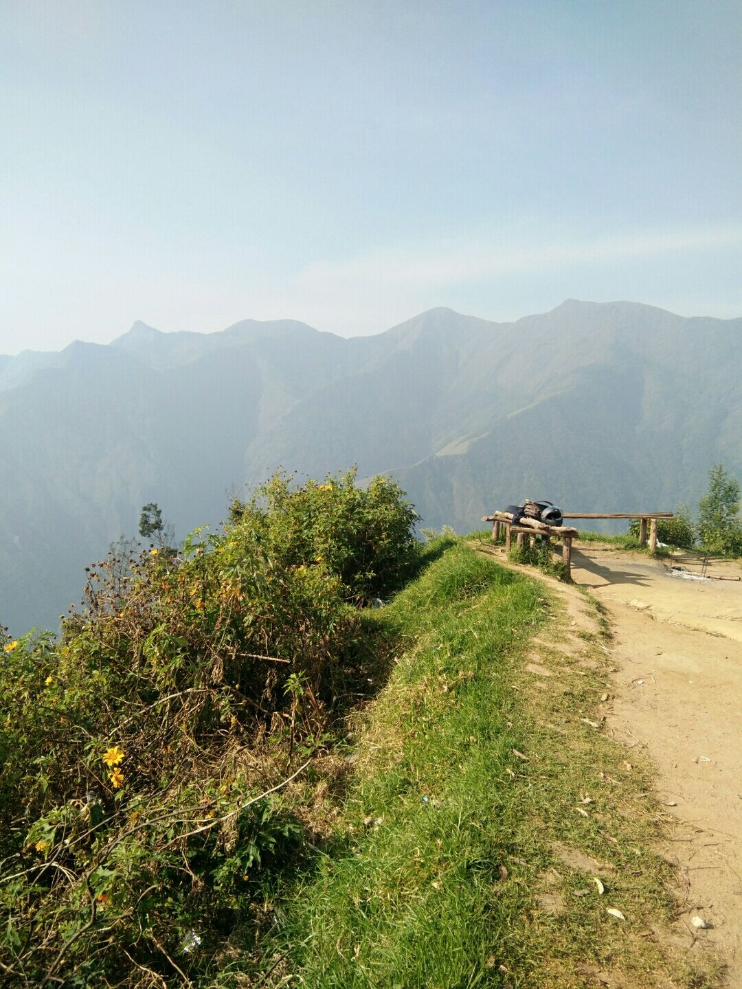 Photo of Munnar - Top Station Highway By Chaithra Kurup