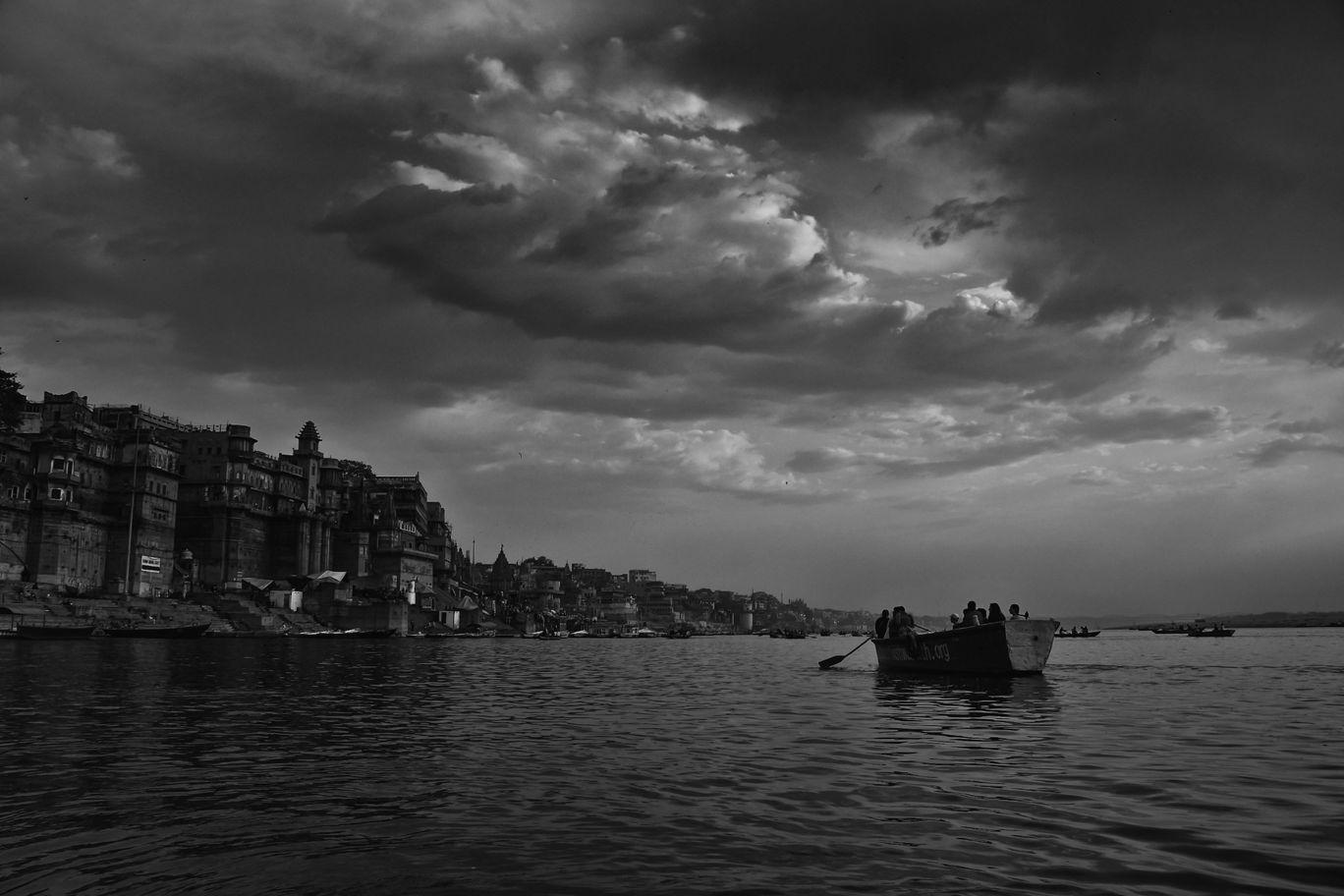 Photo of Varanasi By Himanshu Srivastava
