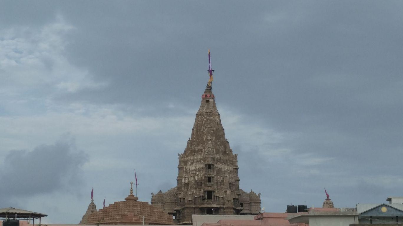 Photo of Dwarkadhish Temple By Nirmal Gandhi