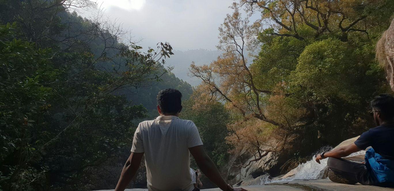 Photo of Munnar By Vinayak Suresh