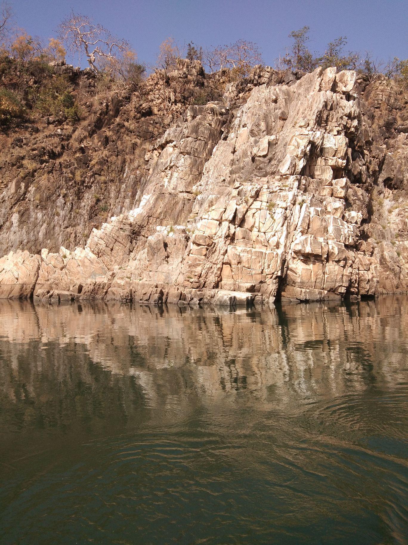 Photo of Dhuandhar Water Fall By shweta vivek bhatara
