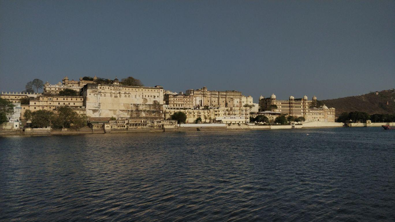 Photo of Lake Pichola By Vikrant Trivedi