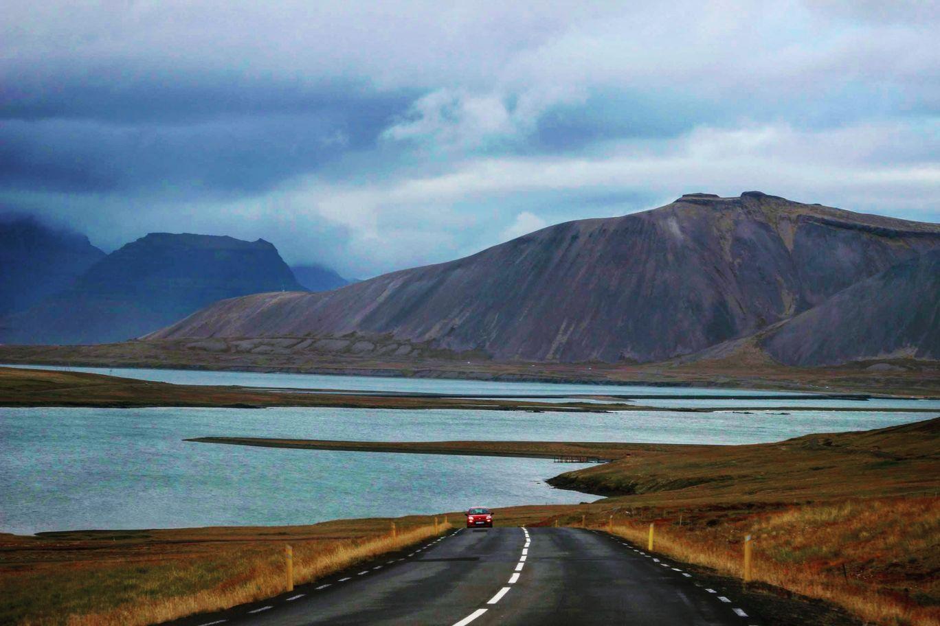 Photo of Reykjavík By Naveen Chintamaneni