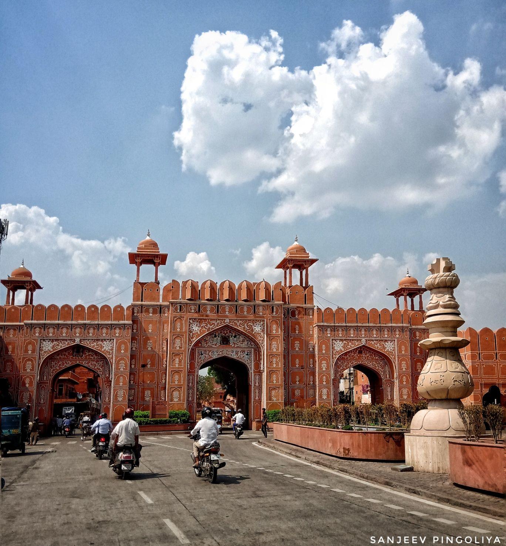 Photo of Ajmeri Gate By Sanjeev Pingoliya