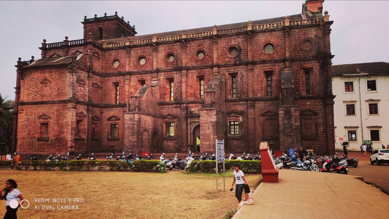 Photo of Basilica of Bom Jesus By Srivenu Gopal