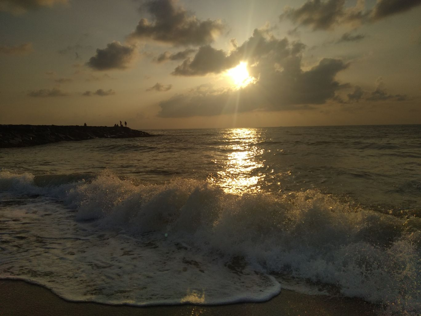 Photo of Pondicherry By Thewanderingsoul