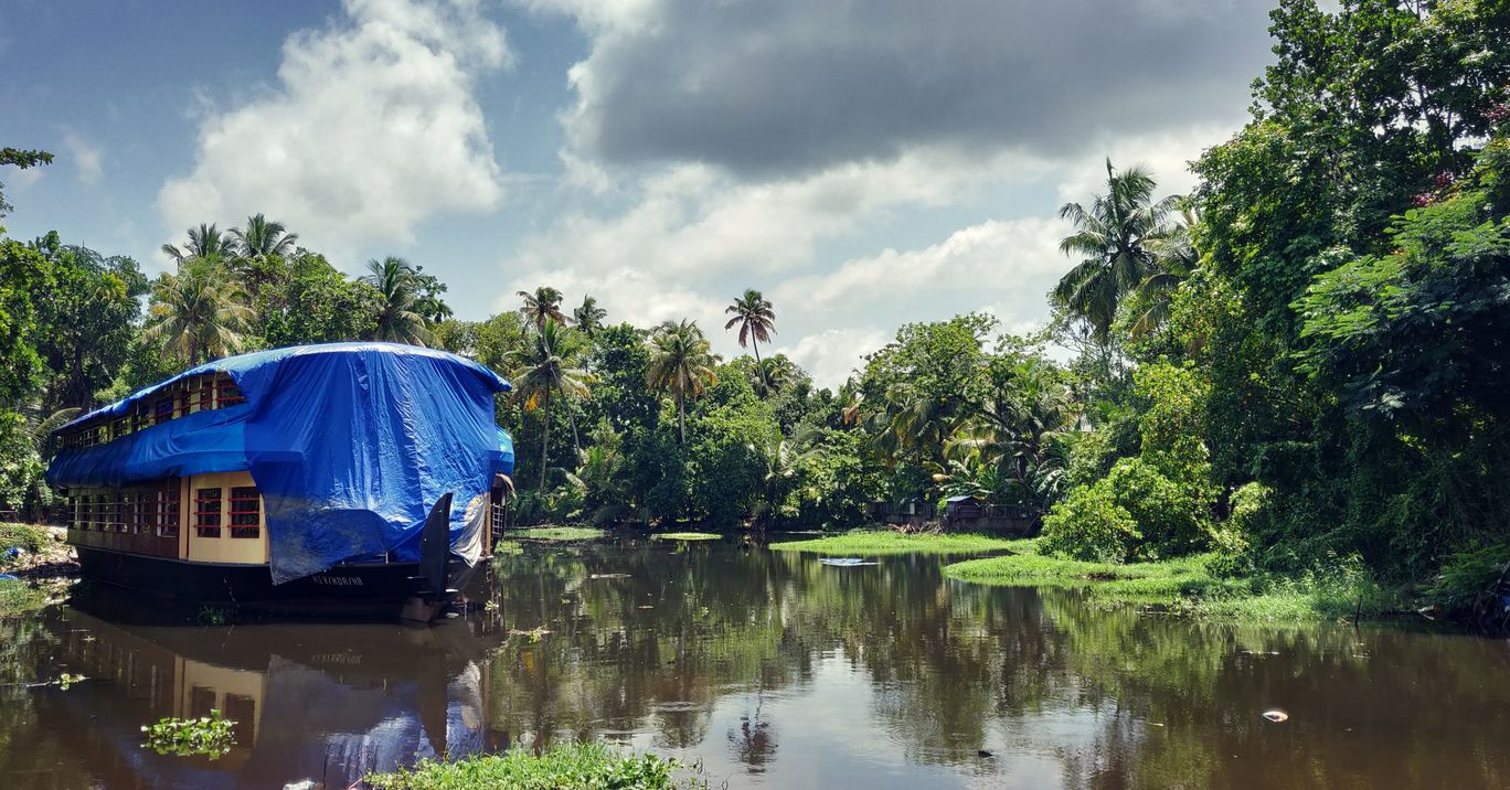 Photo of Alleppey Backwater Lake Resort By Jason