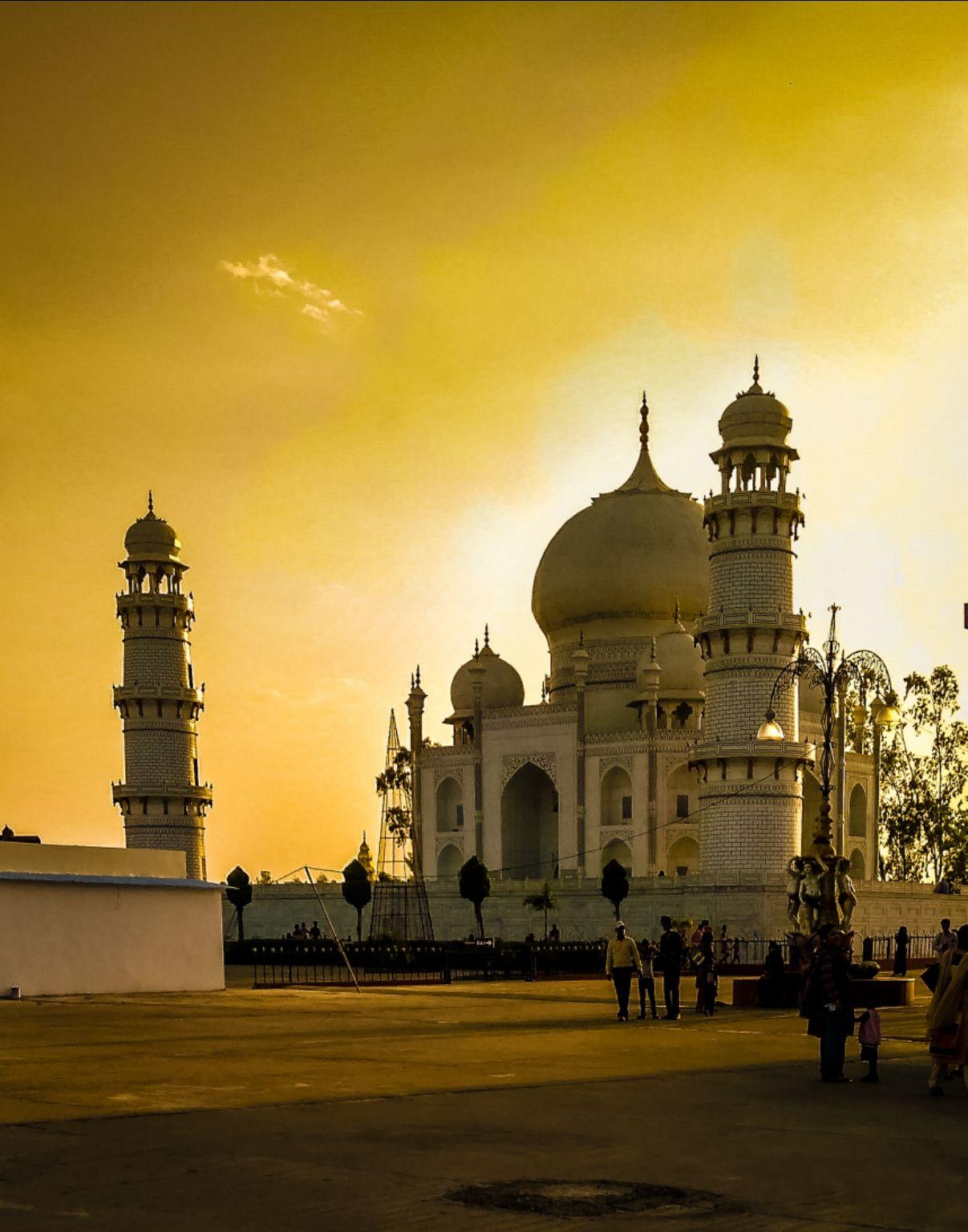 Photo of Taj Mahal By AnußHåv Jaîñ