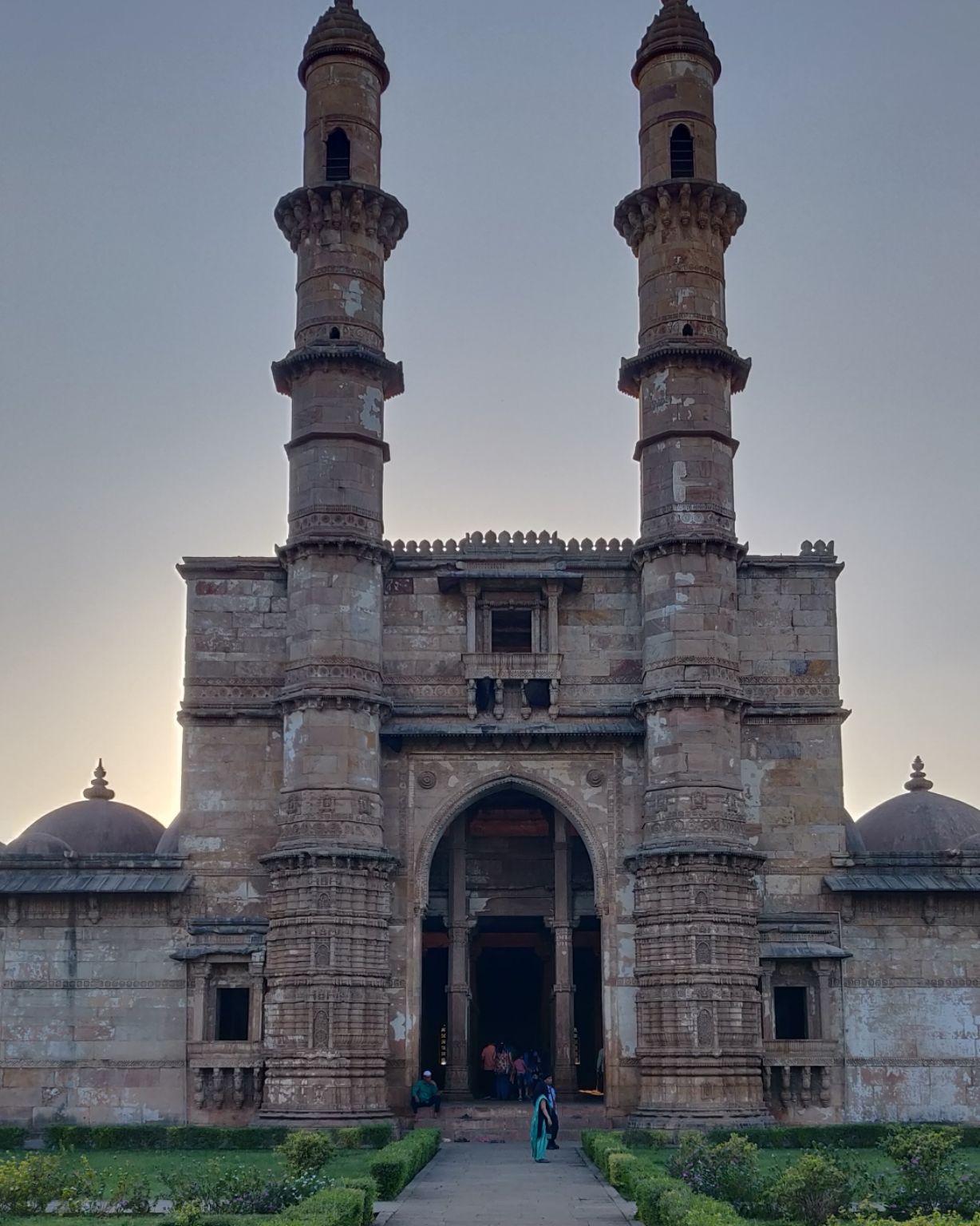 Photo of Champaner Fort By Nirav Chhabhaiya