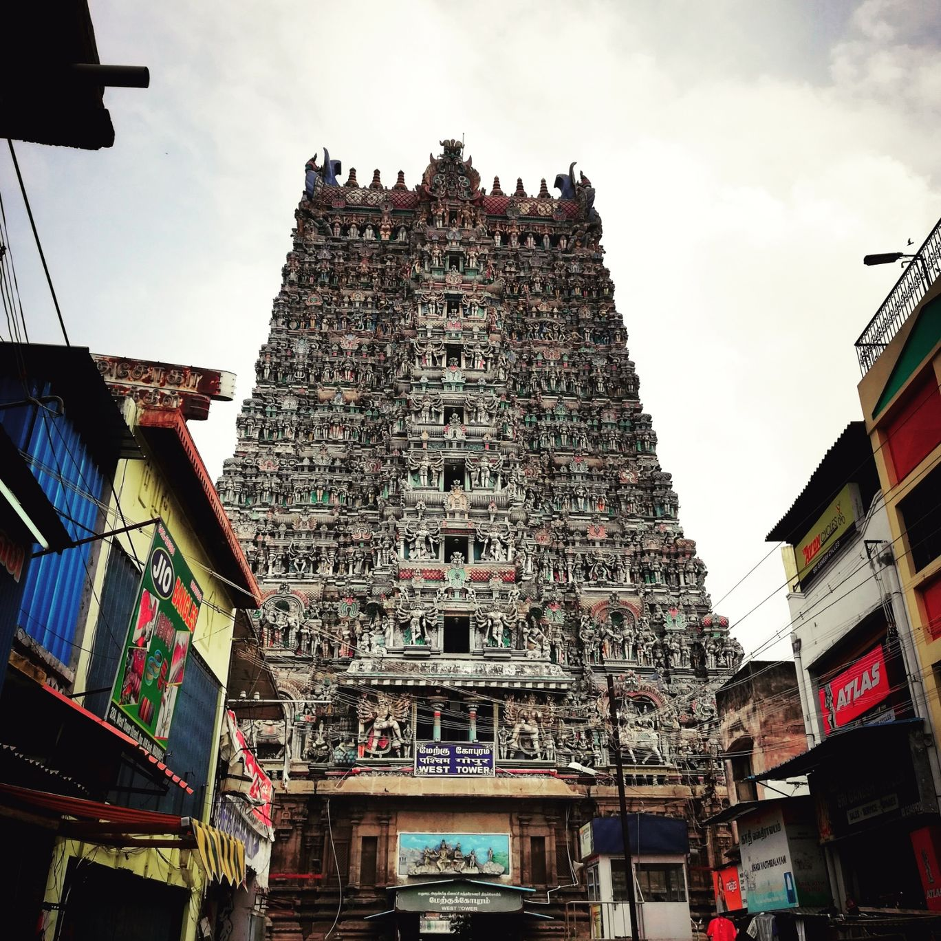 Photo of Meenakshi Amman Temple By Luffy.d. king