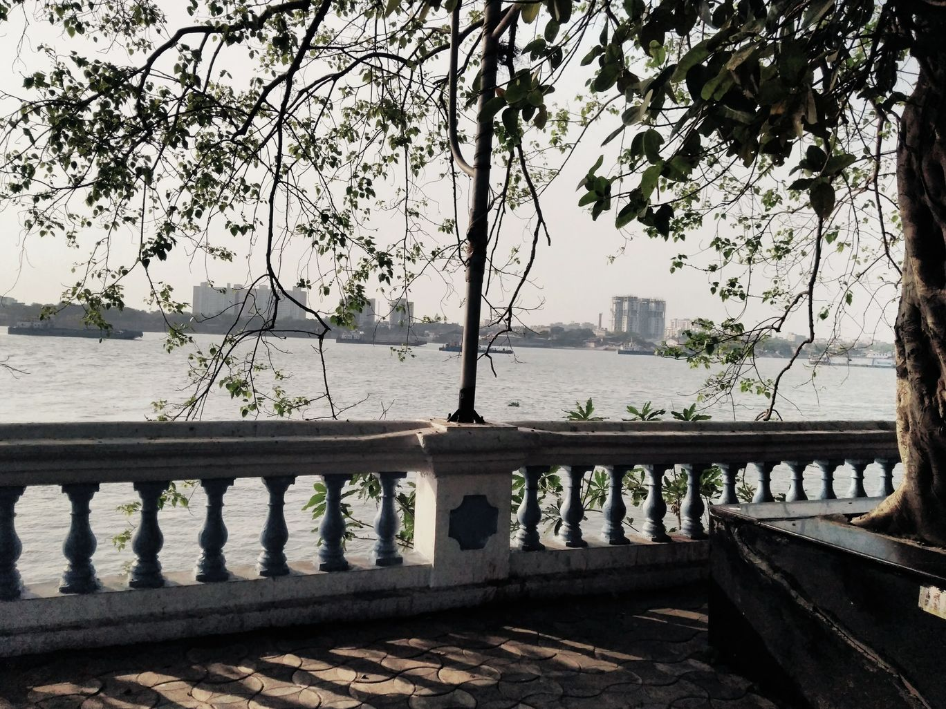 Photo of Princep Ghat By Wandering girls