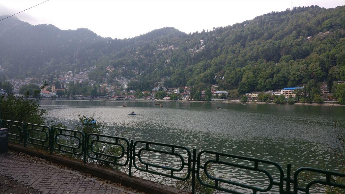 Photo of Nainital Lake By Anushua Bhattacharjee