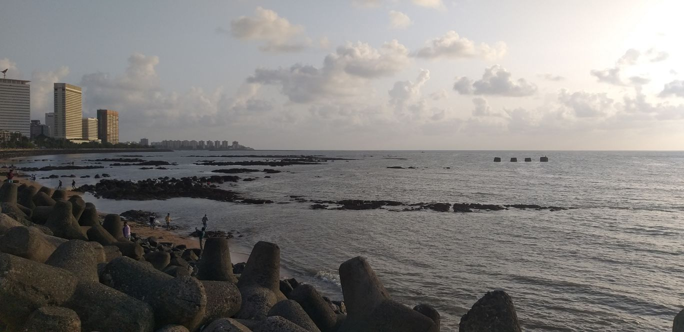 Photo of Marine Drive By Gautam singh