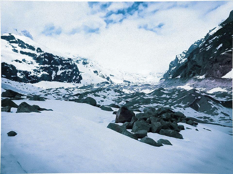Photo of Satopanth Glacier By LaxmAn NeGi