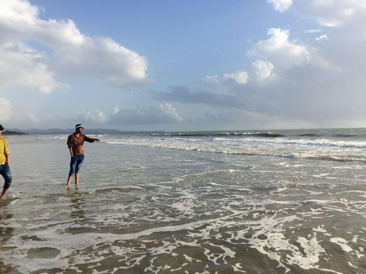 Photo of Mobor Beach By Ashutosh Gupta