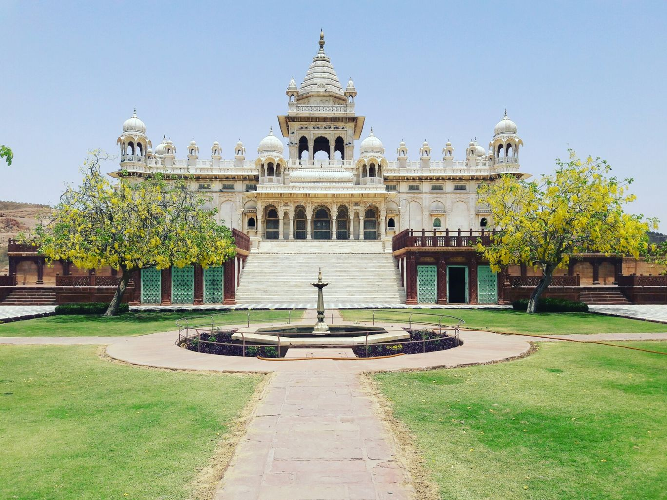 Photo of Jodhpur By green and brown