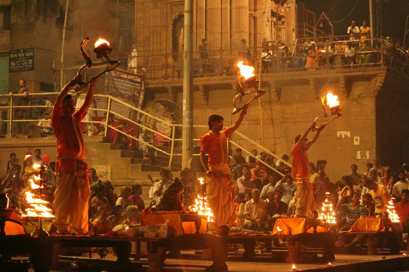 Photo of Varanasi By Akhil krishna