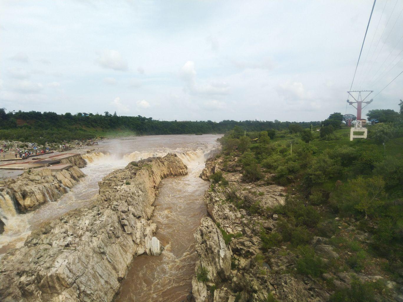 Photo of Dhuandhar Water Fall By Nishant Pratik Xalxo