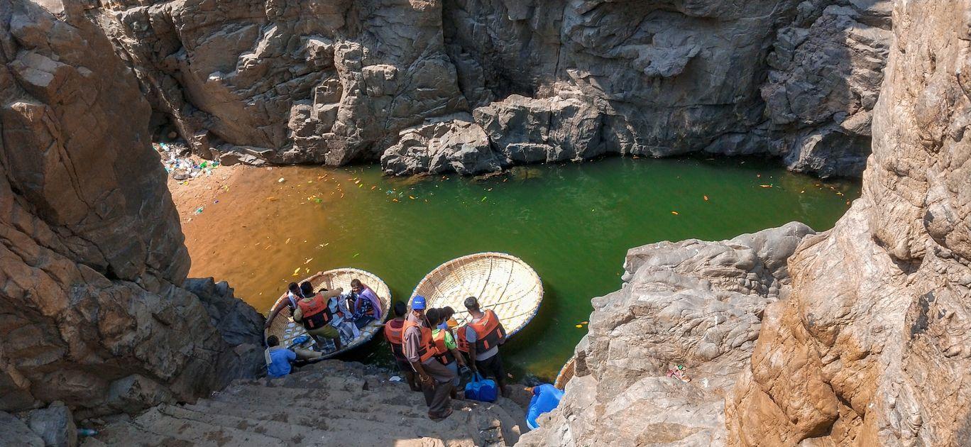 Photo of Hogenakkal Waterfalls By Sumit Sharma