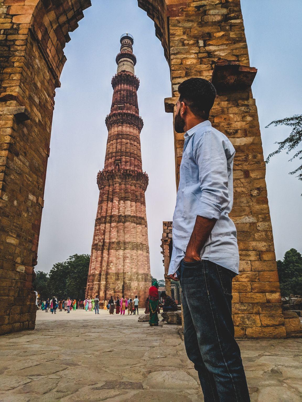 Photo of Kutub Minar By surendra singh