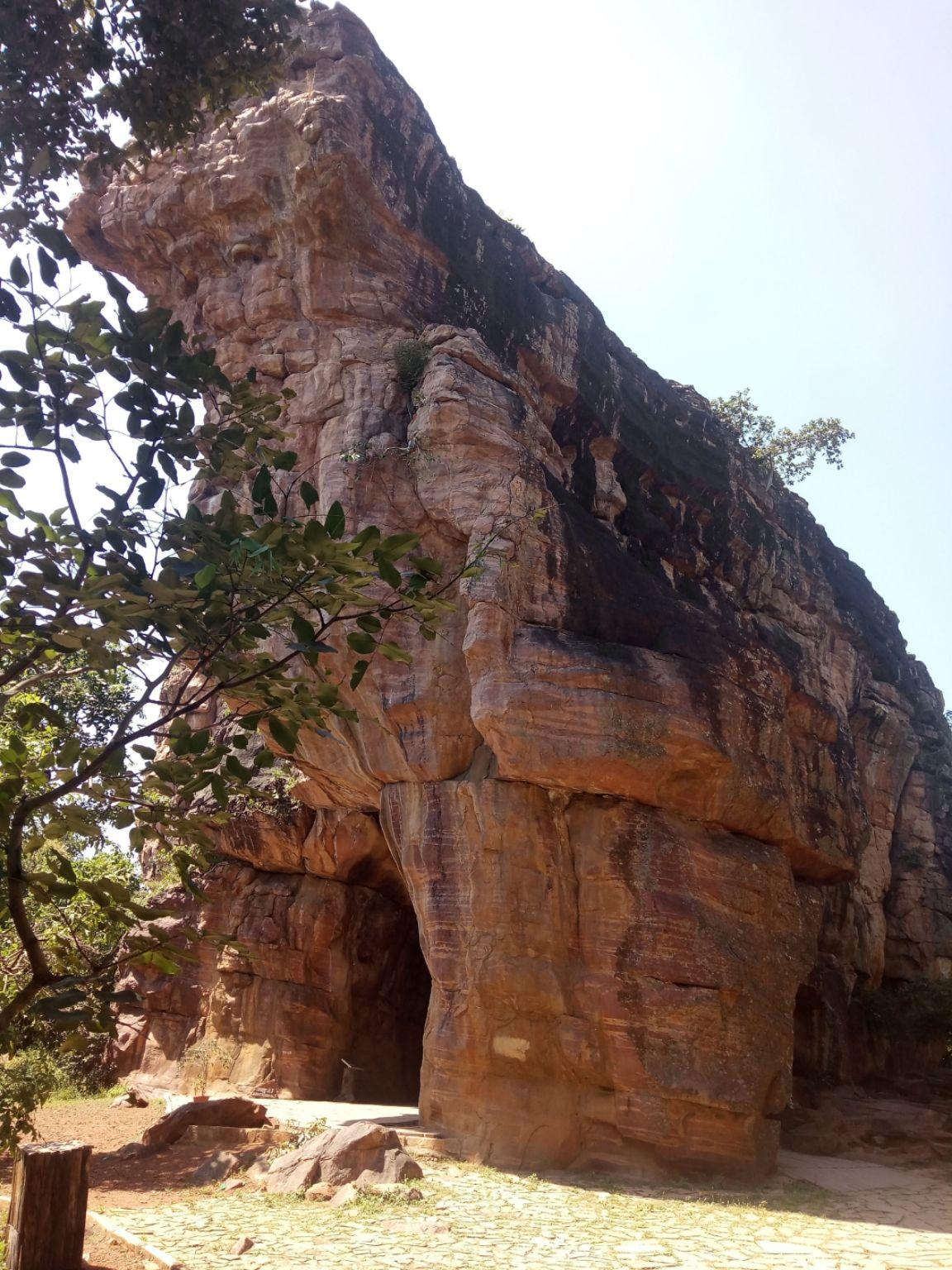 Photo of Bhimbetka rock shelters By AmateurTravelDuo