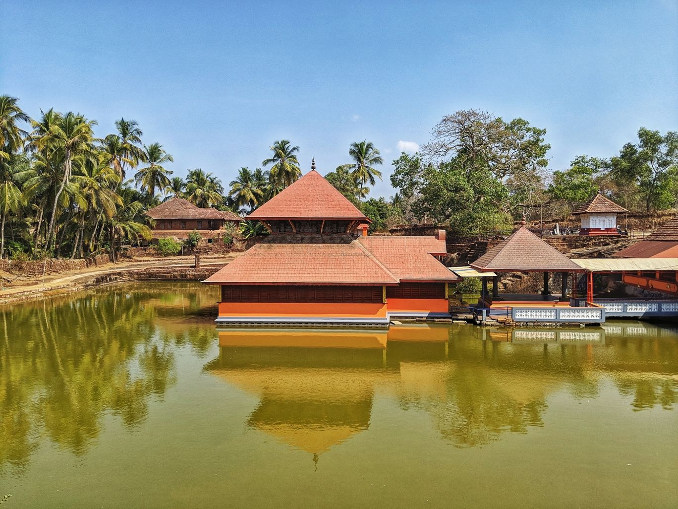 Photo of Ananthapura Lake Temple By Viola Lewis