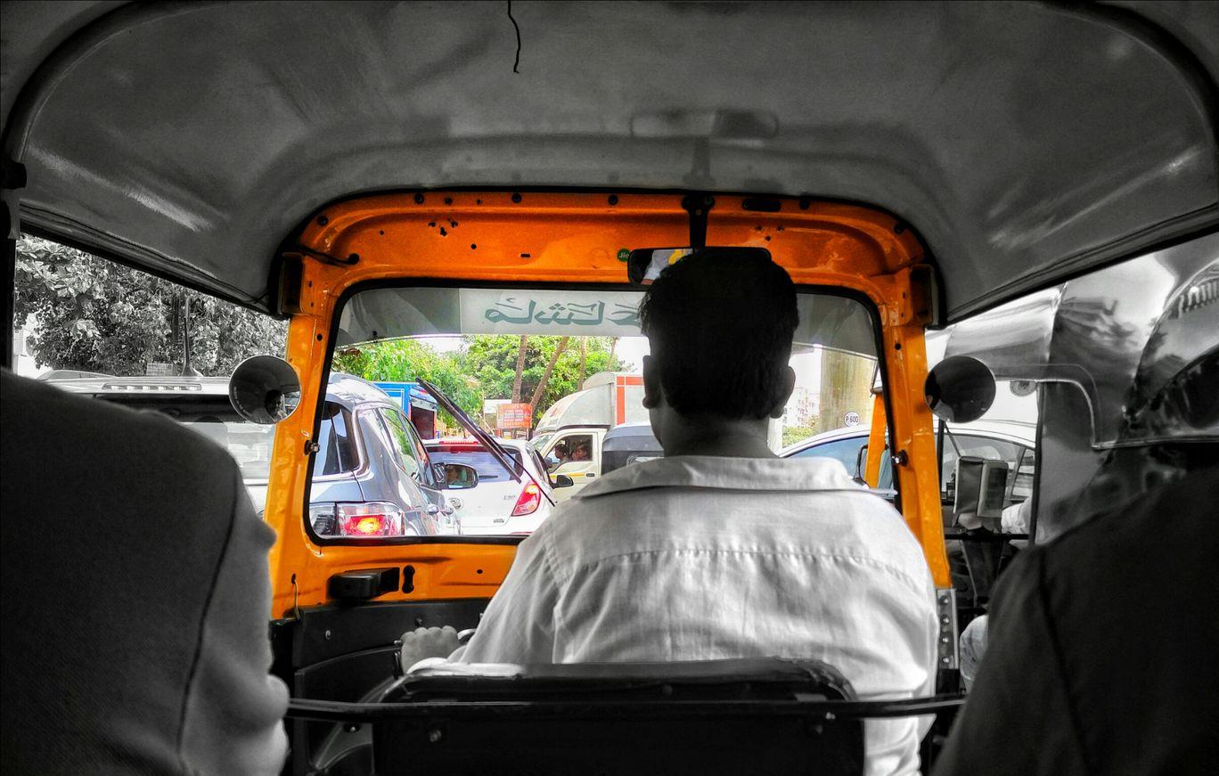Photo of Oshiwara Garden Road By Anmol Sabbani