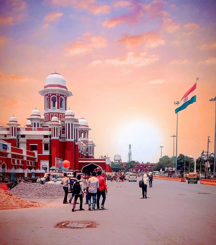 Photo of Charbagh Railway Station (LKO) By SAURABH YADAV