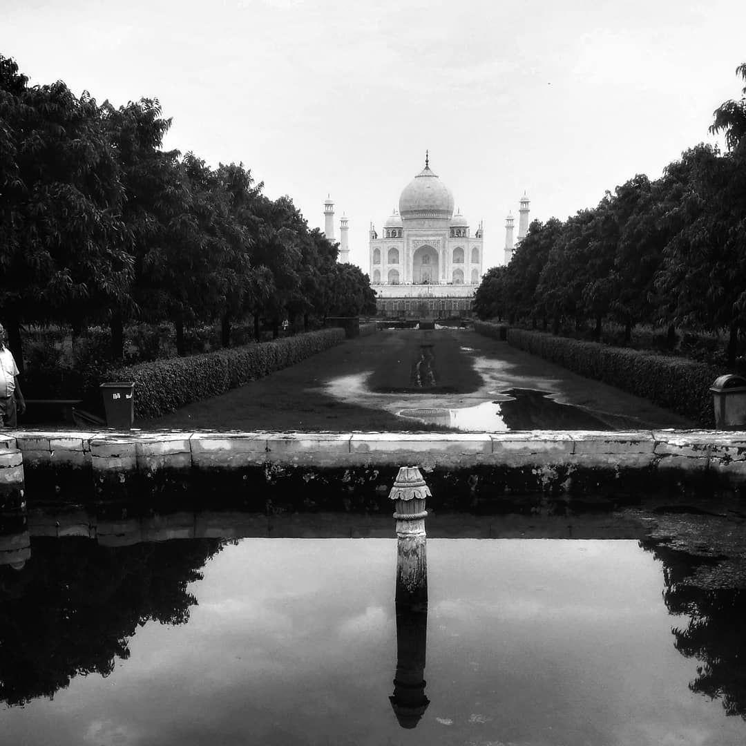 Photo of Taj Mahal By Ghumantroo
