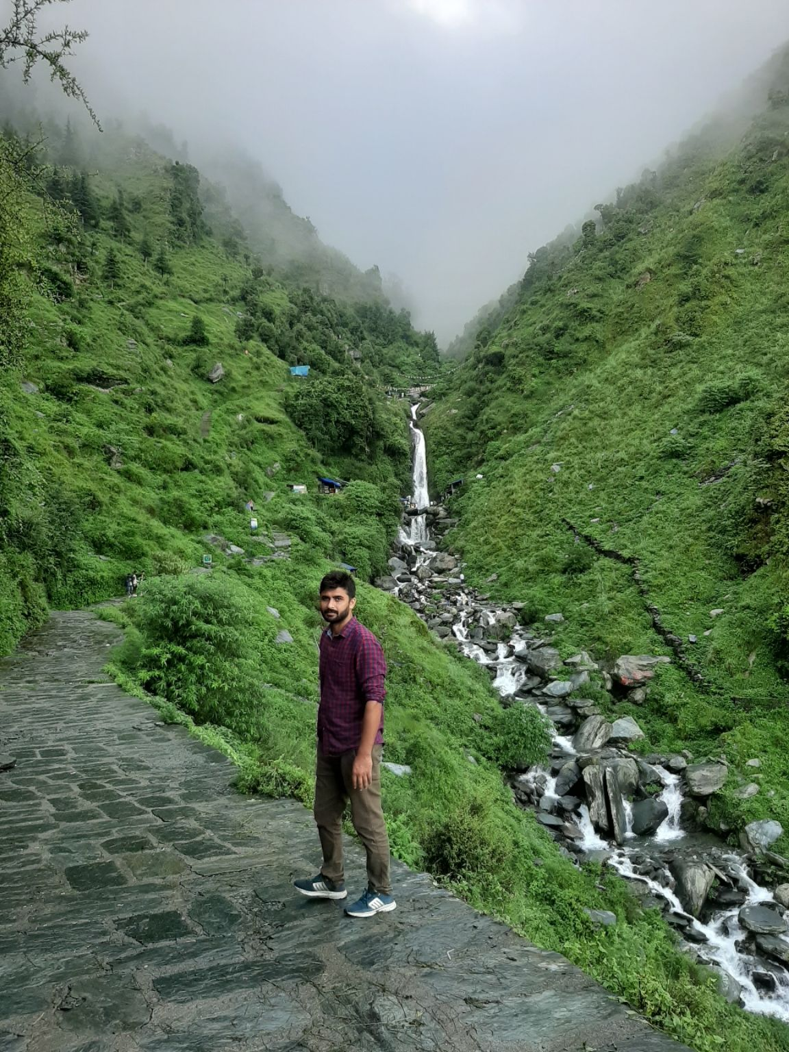 Photo of Bhagsunag Waterfall Dharmshala By neeraj