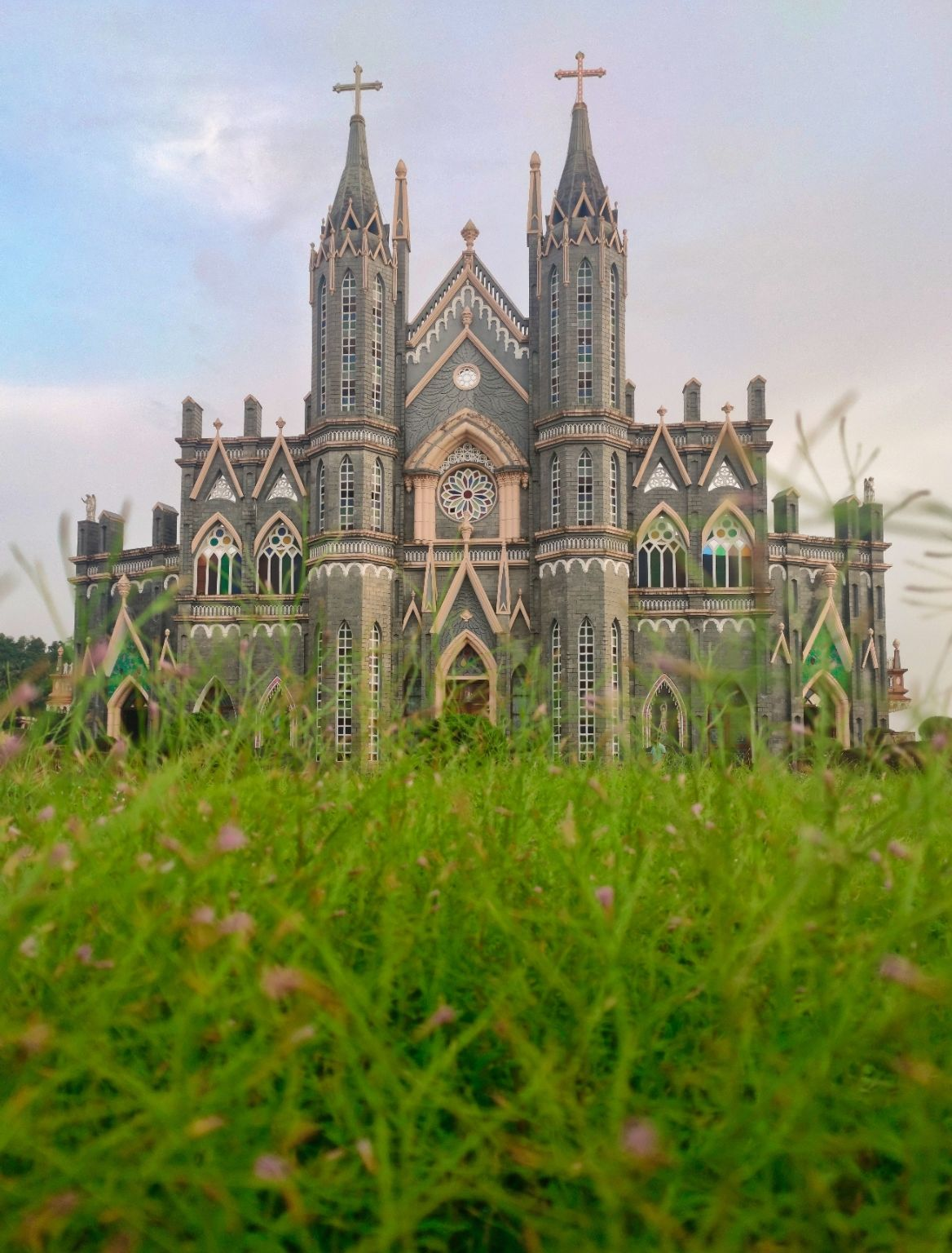 Photo of St. Lawrence Shrine Minor Basilica By Dheeraj Shanbhag