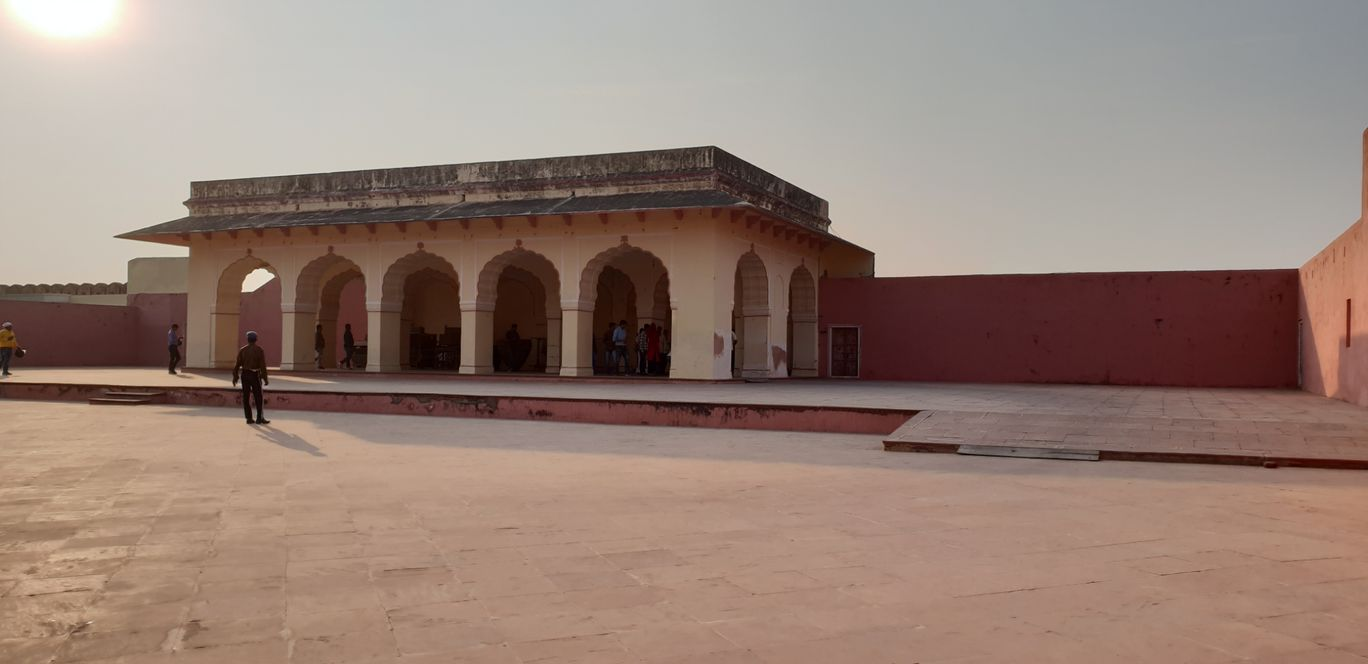 Photo of Jaigarh Fort Road By navneet soni