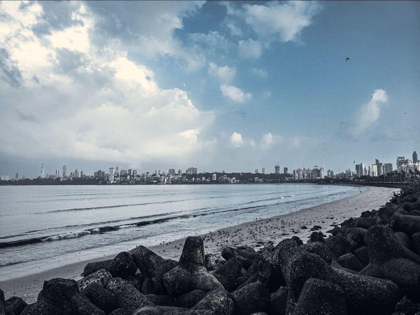 Photo of Marine Drive By soham acharya