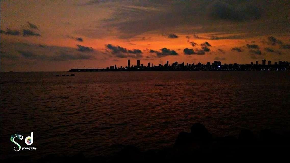 Photo of Marine Lines By Sandeep Dudka