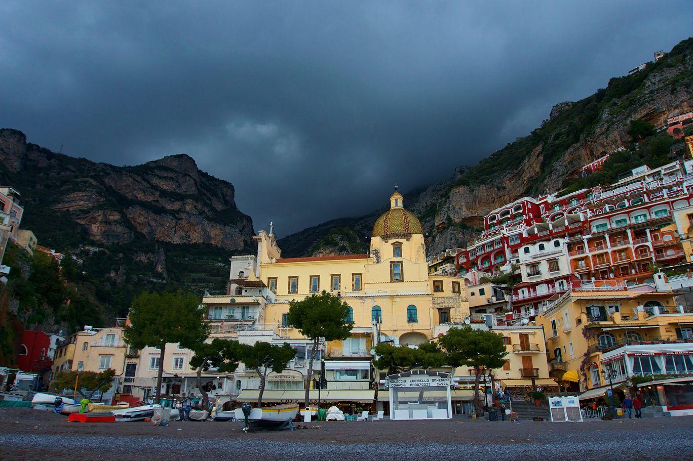 Photo of Amalfi By Indi Tourists