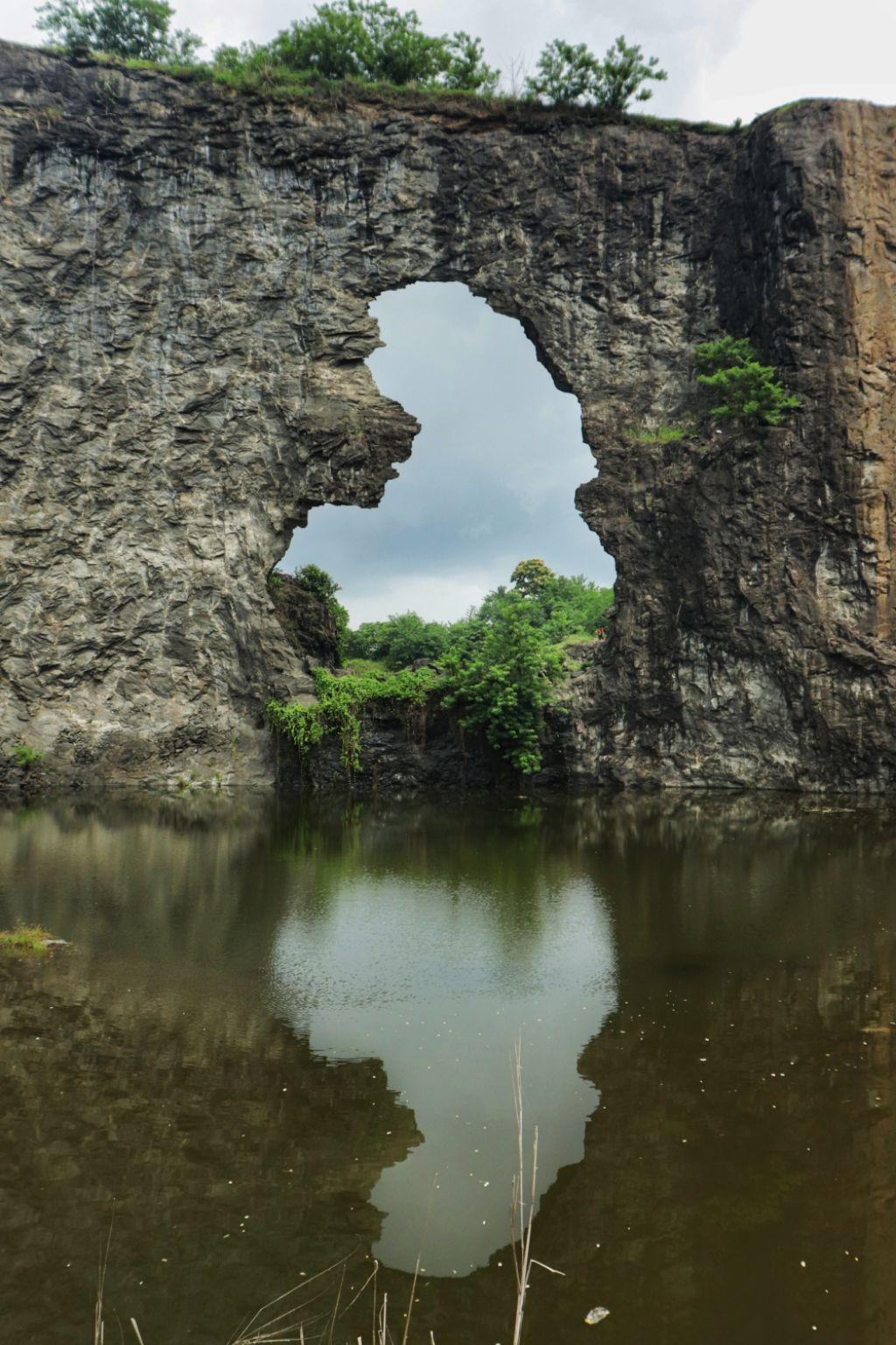 Photo of Pettamala View Point By Shalima Ebrahim