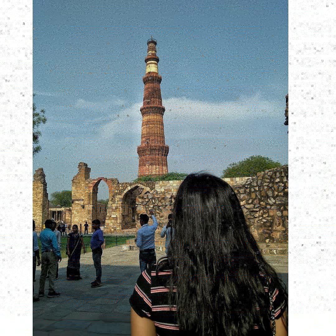 Photo of Qutub Minar By Navneet Kaur Garewal
