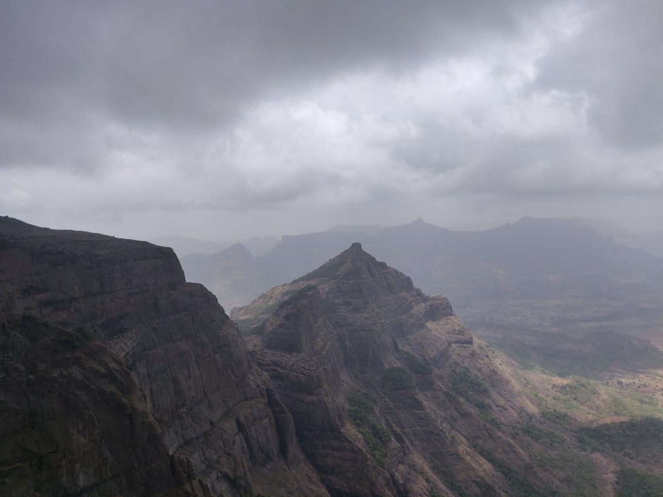 Photo of Harishchandragad By Aruna Rambade