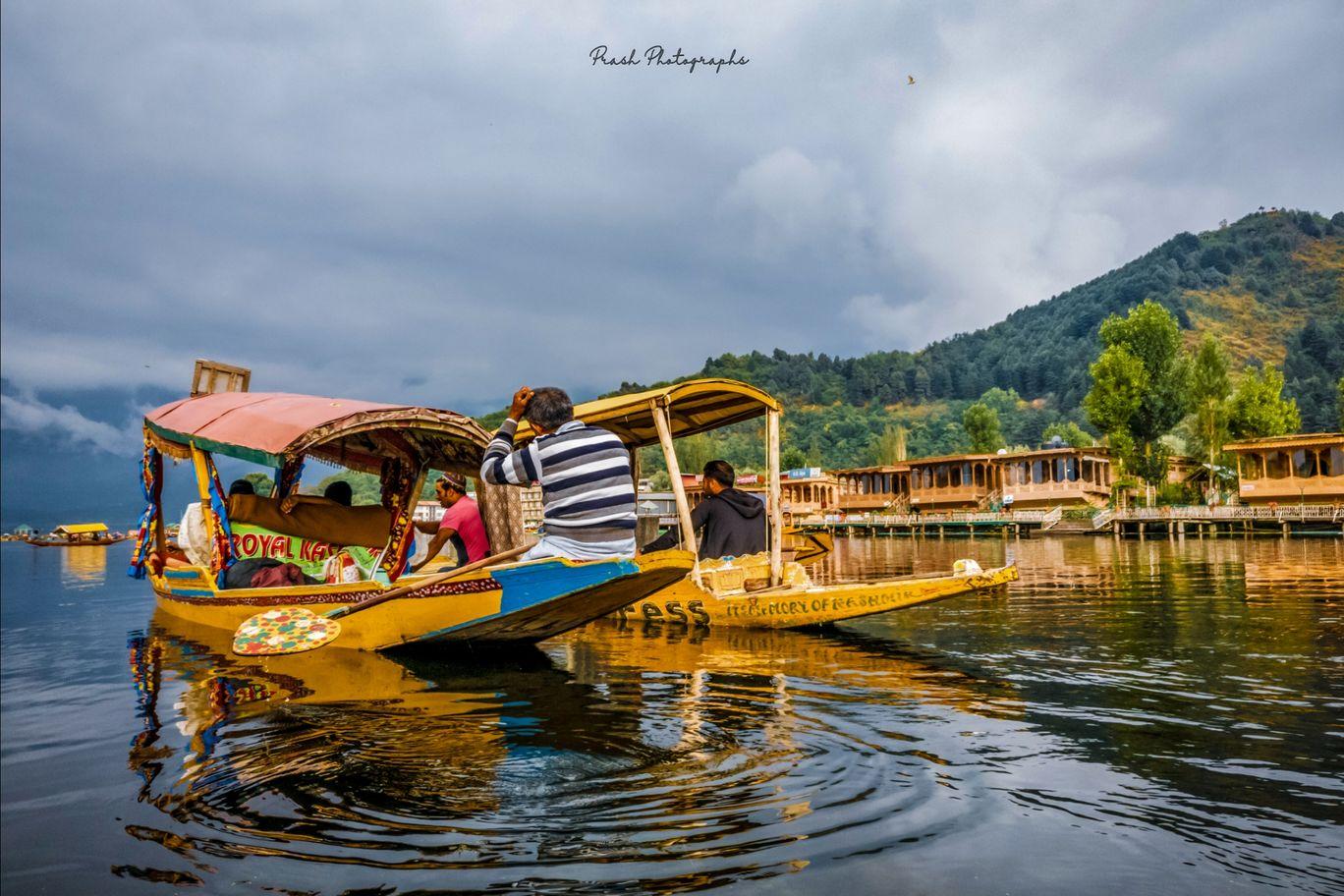 Photo of Dal Lake By Prasanth buddiga