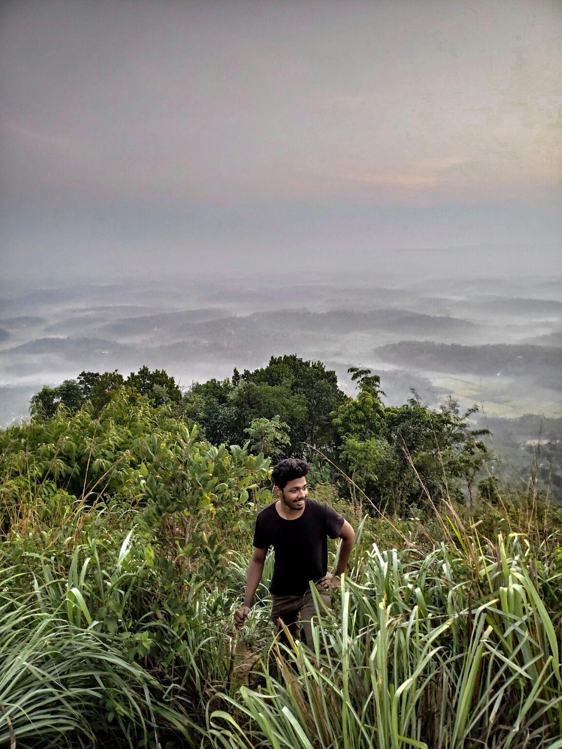 Photo of Kurumbalakotta View Point By Vijeesh N S