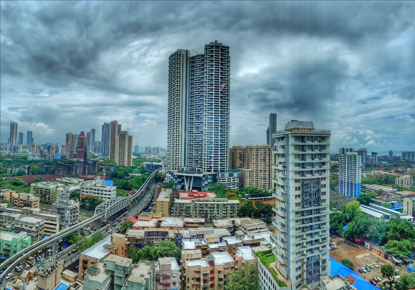 Photo of Lower Parel By Arun Nair