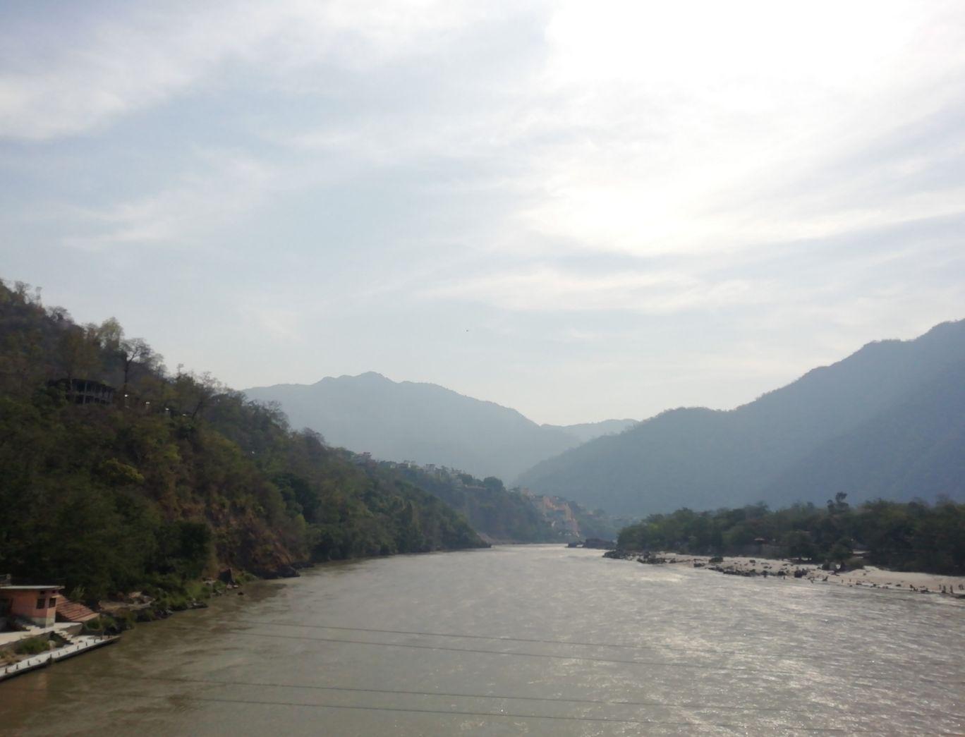 Photo of Rishikesh By Soumya Verma