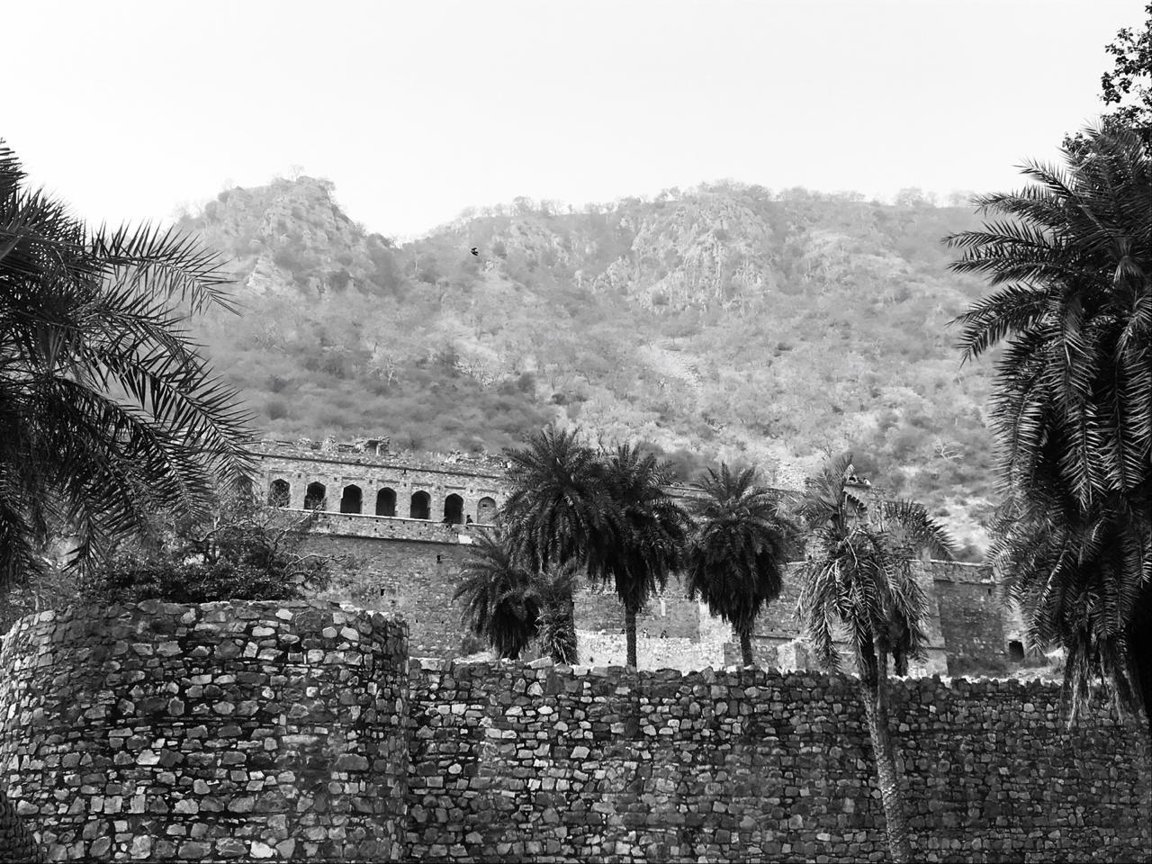 Photo of Bhangarh Fort By SHubham Pathak