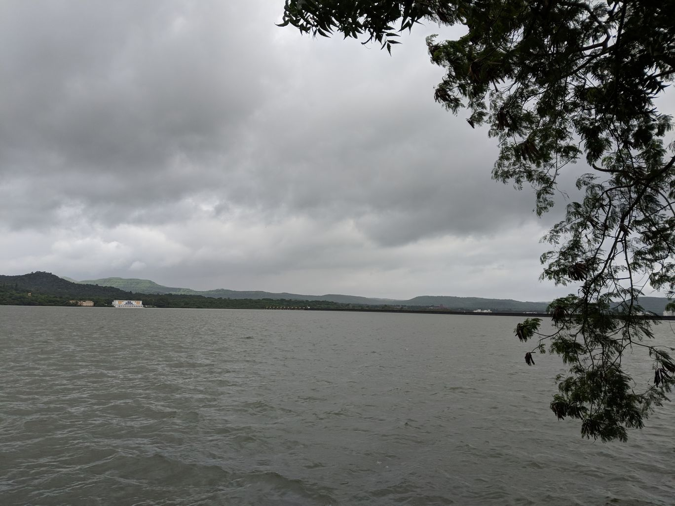 Photo of Khadakwasla Dam By Tulika Todi